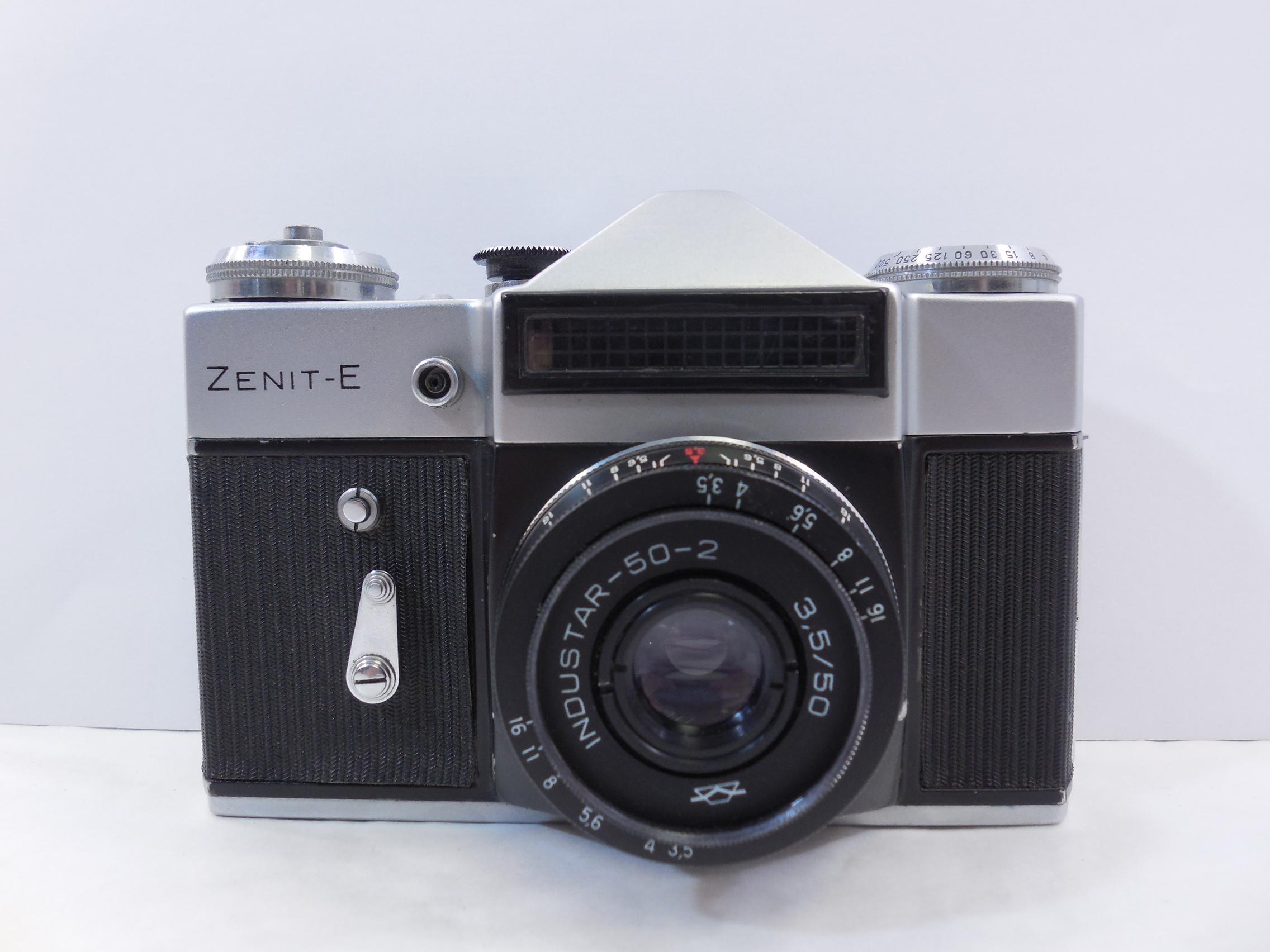 пленочные фотоаппараты новые оказалось, одна такая