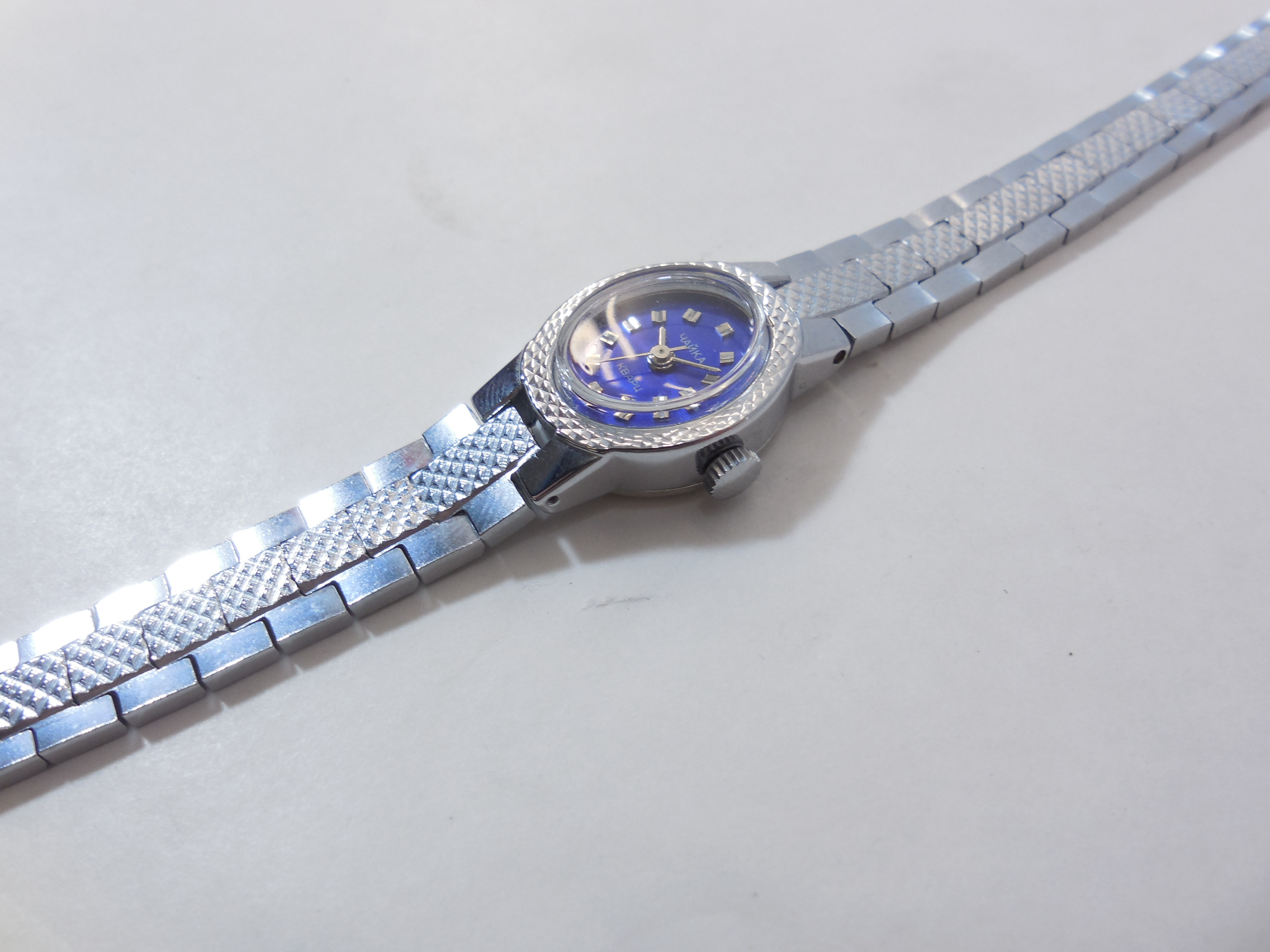 Часы чайка серебряные продам ближайший ломбард самый